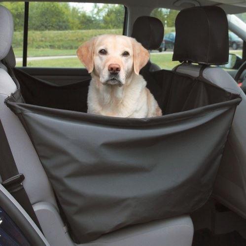 Ochranný autopoťah-vak pre veľkého psa 1,5 x1, 35m Trixie